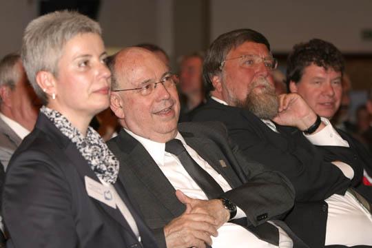 Superintendentin Aufderheide, Präses Schneider, Sonnentag (Stiftungsrat)